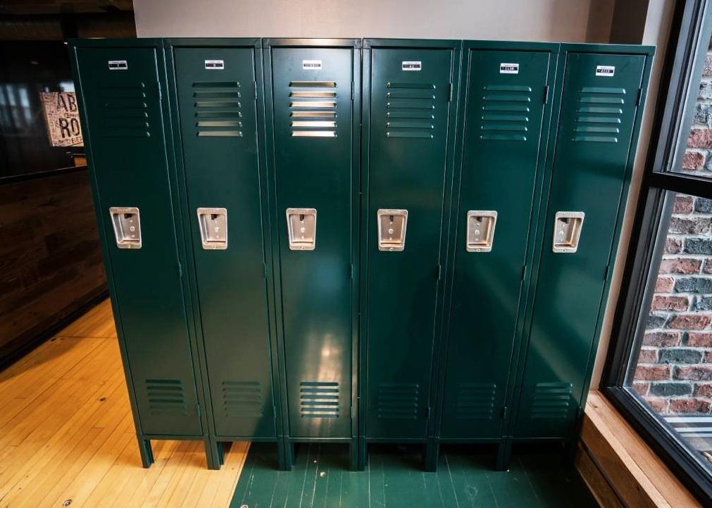 Employee Lockers | SchoolLockers.com