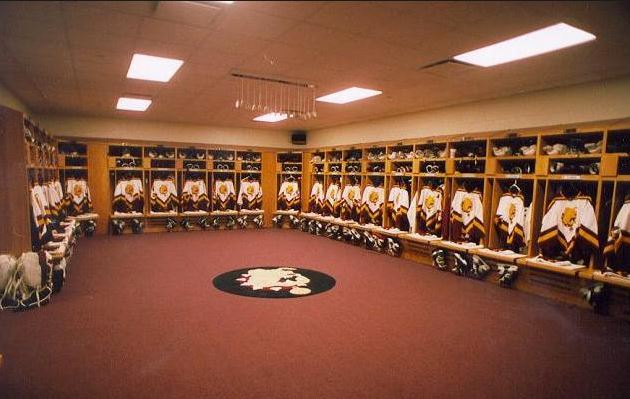 sports lockers 2